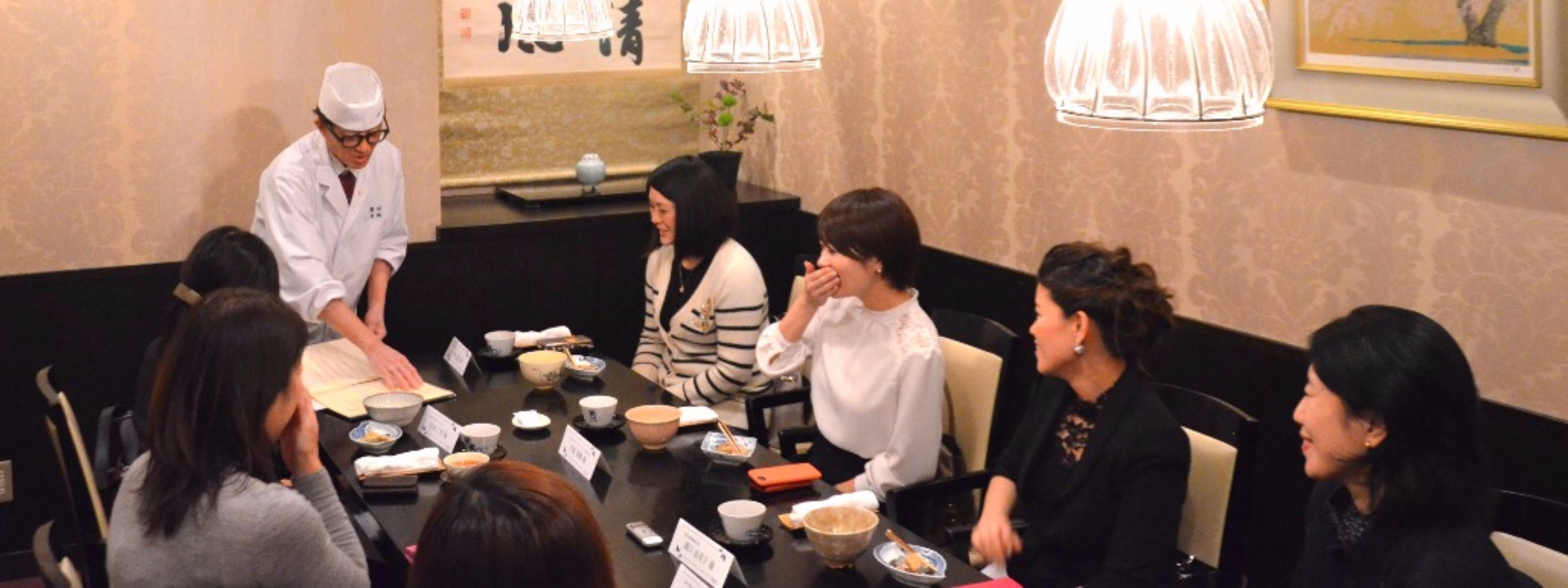 櫻川の会食の様子